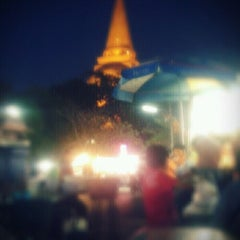 Photo taken at ติมลอยฟ้า by dangnoi L. on 12/18/2011