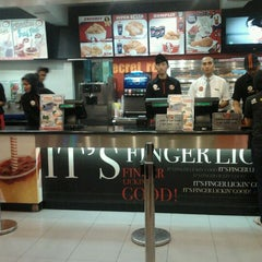 Photo taken at KFC / KFC Coffee by yerre s. on 11/26/2011