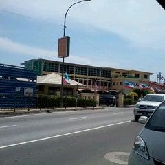Photo taken at Ibupejabat Kastam Sabah by Noni J. on 8/3/2012