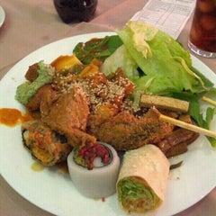 Photo taken at Lótus Restaurante Vegetariano by Adrien C. on 8/4/2012