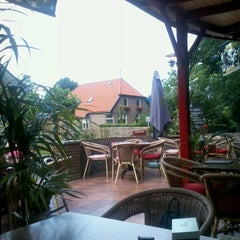 Photo taken at Cafe-restaurant Steakhouse Boschzicht by Allert K. on 8/15/2012