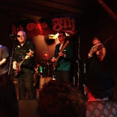 Photo taken at Red Eyed Fly by Brian Z. on 3/18/2012