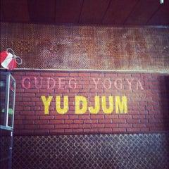 Photo taken at Gudeg Yu Djum by Albertus on 8/3/2012