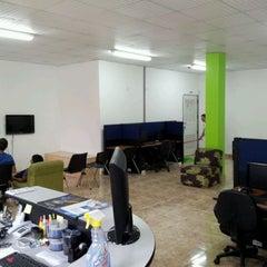 Photo taken at TeKniK by Jose Carlos C. on 4/14/2012