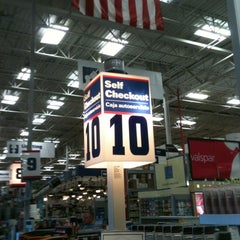 Photo taken at Lowe's Home Improvement by Don F. on 4/15/2012