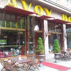 Photo taken at Hotel Savoy Berlin by Alena S. on 6/15/2013