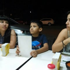 Photo taken at Tacos Samurai by Isidoro R. on 8/4/2014