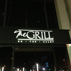 Photo taken at The Grill on the Alley by utheera u. on 2/14/2013