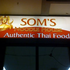 Photo taken at Som's Noodle House by Wils C. on 3/9/2013