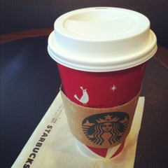 Photo taken at Starbucks by Suppalak M. on 11/18/2012