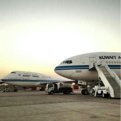 Photo taken at Kuwait International Airport by 3li_ a. on 3/13/2013