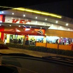 Photo taken at KFC & Pizza Hut by rusnita r. on 12/5/2012