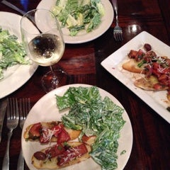 Photo taken at Papa Vino's Italian Kitchen by Rachel L. on 7/12/2014