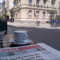 Photo taken at Tienda de Café by Octavio A. on 10/27/2012