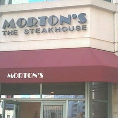 Photo taken at Morton's Steakhouse by glenda the good witch on 5/16/2013