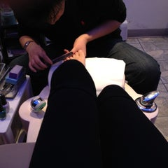 Photo taken at H & L Nail & Spa by Arya Y. on 11/25/2012