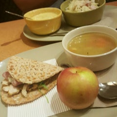 Photo taken at Panera Bread by Johanneryck V. on 11/6/2015