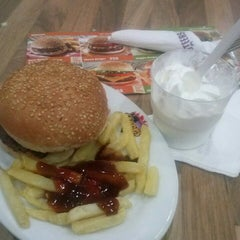 Photo taken at Steers - Donholm by Barbz S. on 7/5/2013