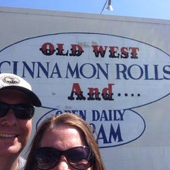 Photo taken at Old West Cinnamon Rolls by Barbara G. on 8/7/2015