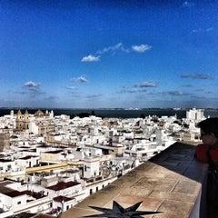 Photo taken at Torre Tavira - Cámara Oscura by Ivan V. on 12/28/2013