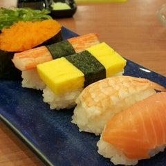 Photo taken at Oishi Ramen (โออิชิ ราเมน) by James S. on 10/6/2015
