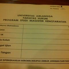 Photo taken at Gedung B Fakultas Hukum UNAIR by ahmad z. on 8/28/2014