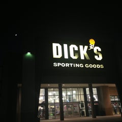 Photo taken at Dick's Sporting Goods by Hadi H. on 5/14/2013