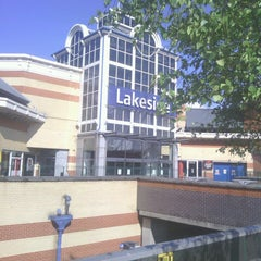 Photo taken at intu Lakeside Shopping Centre by Trevor N C on 5/25/2013