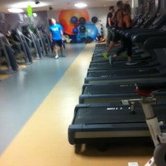 Photo taken at Algonquin College Fitness Zone by Melissa A. on 3/4/2014