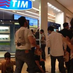 Photo taken at Loja TIM by Margaret A. on 12/14/2012
