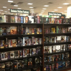 Photo taken at Barnes & Noble by Jeremy H. on 12/28/2012