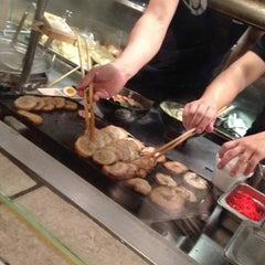 Photo taken at Ramen Takumi by Ashmi Elizabeth D. on 11/19/2012