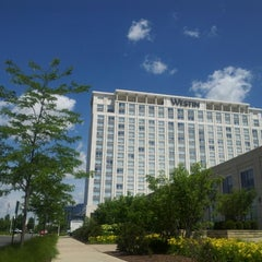 Photo taken at The Westin Chicago North Shore by Mariusz Z. on 6/17/2012