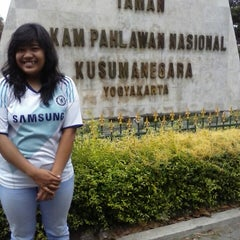 Photo taken at Taman Makam Pahlawan Kusuma Negara by Marlita A. on 9/13/2013
