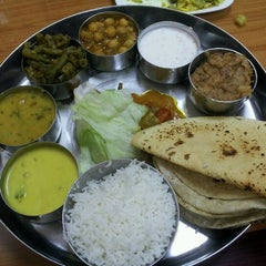Photo taken at India Chaat Cuisine by Mandar P. on 11/4/2012