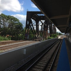 Photo taken at CTA - Ashland by BTRIPP on 7/15/2014