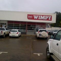 Photo taken at Wimpy Vryheid by Zamacx C. on 3/27/2013
