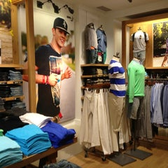 Photo taken at American Eagle Outfitters by Tom S. on 3/29/2013
