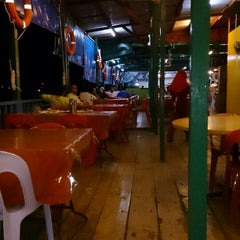 Photo taken at Deepsea Seafood Restaurant by Rj J. on 5/4/2013