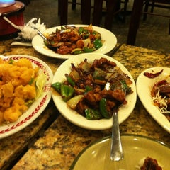 Photo taken at Cafe Noodle Chinese BBQ & Seafood by Joy R. on 5/11/2013