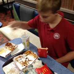 Photo taken at McDonald's by jimmy J. on 11/21/2013