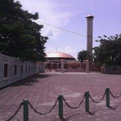 Photo taken at Masjid Raya Sabilal Muhtadin by Johan M. on 3/29/2013