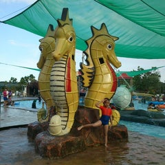 Photo taken at Water Park Top 100 by Thristan P. on 12/14/2014