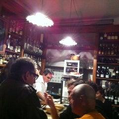 Photo taken at Al Vino! Al Vino! by Dan L. on 12/29/2012