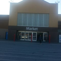 Photo taken at Walmart Supercenter by Tammy T. on 3/31/2013