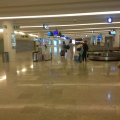 Photo taken at Aeropuerto Internacional De Cancún (CUN) by Виктор В. on 9/6/2013