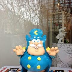 Photo taken at myplasticheart nyc by Jordan on 12/12/2012