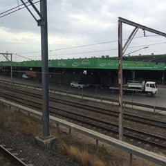 Photo taken at Flemington Station by Feisal F. on 11/15/2014