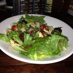 Photo taken at LongHorn Steakhouse by Cedric J. B. on 2/14/2014