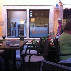 Photo taken at Restaurante Bandera by Alfredo G. on 1/23/2012